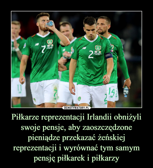 Piłkarze reprezentacji Irlandii obniżyli swoje pensje, aby zaoszczędzone pieniądze przekazać żeńskiej reprezentacji i wyrównać tym samym pensję piłkarek i piłkarzy –